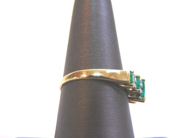 Womens 14K Yellow Gold Ring w/ Emeralds & Diamonds - 2