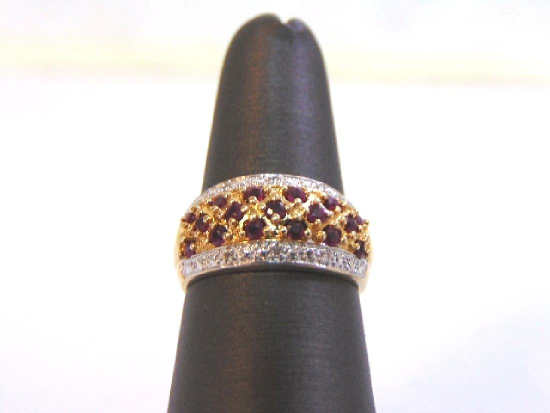 Womens Vintage 14K Gold Ring w/ Diamonds & Garnets