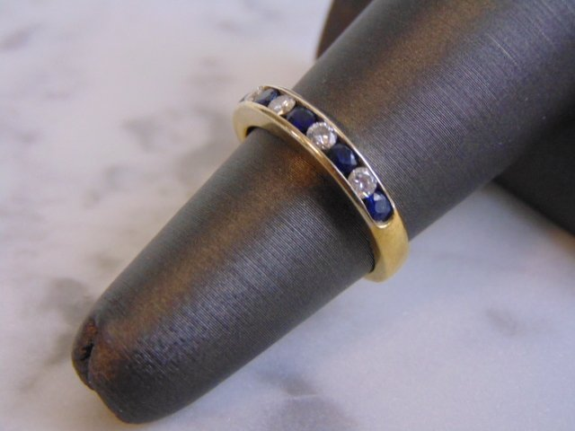 Women's Vintage Estate 18K Gold Diamond & Sapphire Ring - 2
