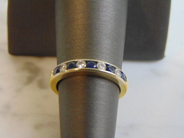 Women's Vintage Estate 18K Gold Diamond & Sapphire Ring - 3
