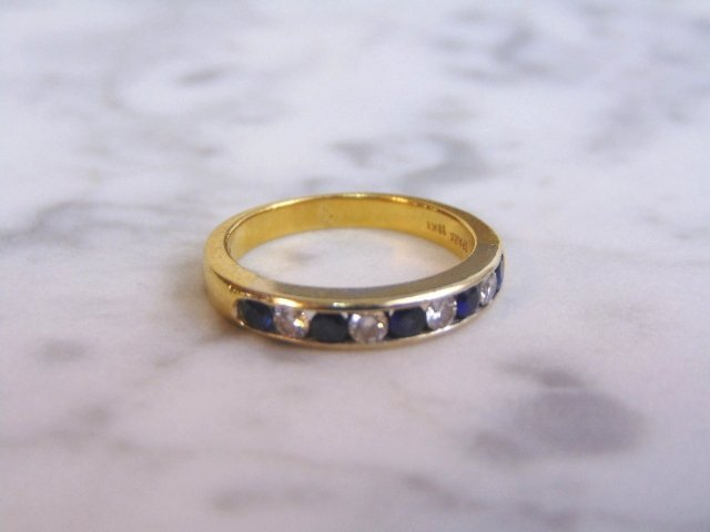 Women's Vintage Estate 18K Gold Diamond & Sapphire Ring - 5