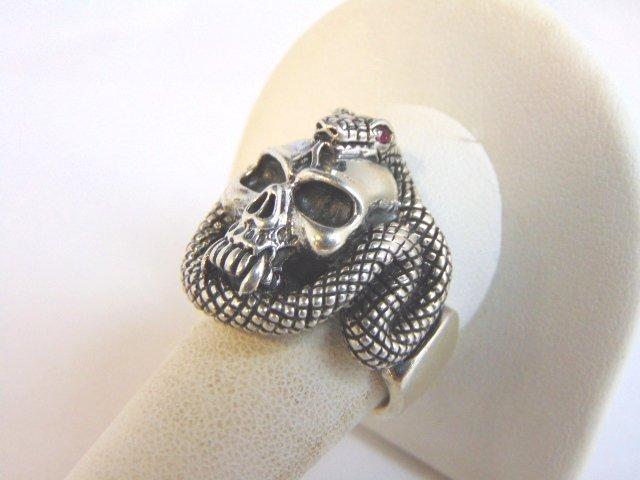 Heavy Vintage Estate Sterling Silver Gothic Skull Ring - 2