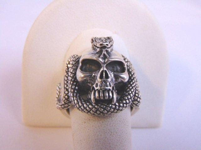 Heavy Vintage Estate Sterling Silver Gothic Skull Ring - 3