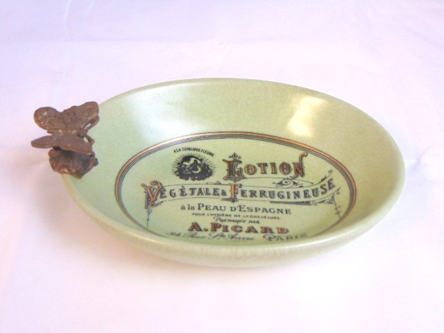 Decorative French Victorian Soap Dish w/ Butterfly
