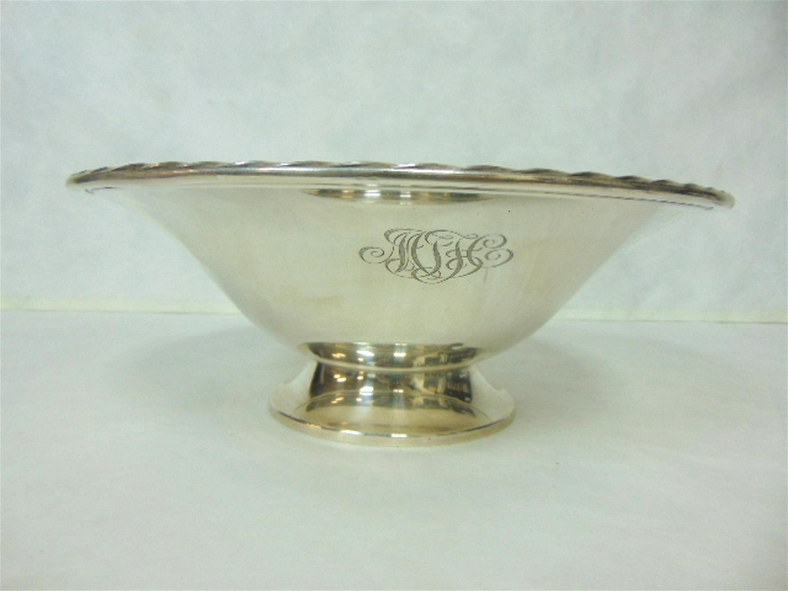 VINTAGE ANTIQUE STERLING SILVER TOWLE COMPOTE BOWL