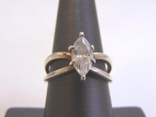 Womens Vintage Sterling Silver w/ CZ Marquise Cut Ring