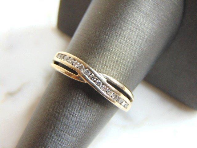Womens Vintage Estate 10K White Gold Diamond Ring