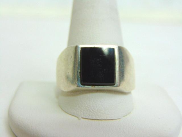 Mens Vintage Estate .925 Sterling Silver Ring w/ Onyx