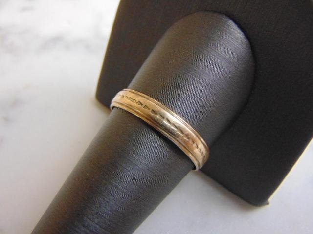 Womens Vintage Estate 14K Yellow Gold Band Ring