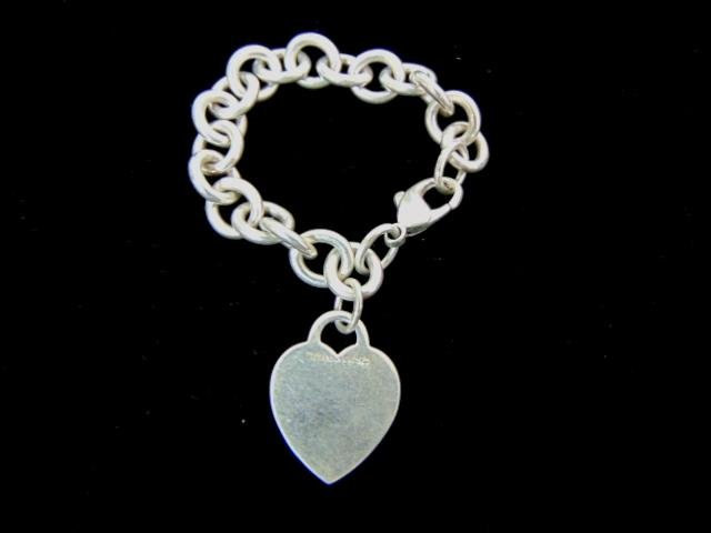 Womens Sterling Tiffany & Co Heart Charm Bracelet
