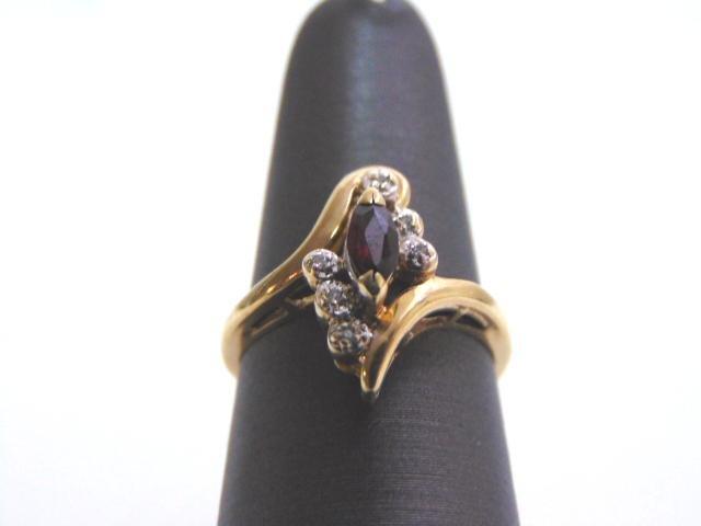 Womens Vintage 10k Gold Ring w/ Ruby & Diamonds