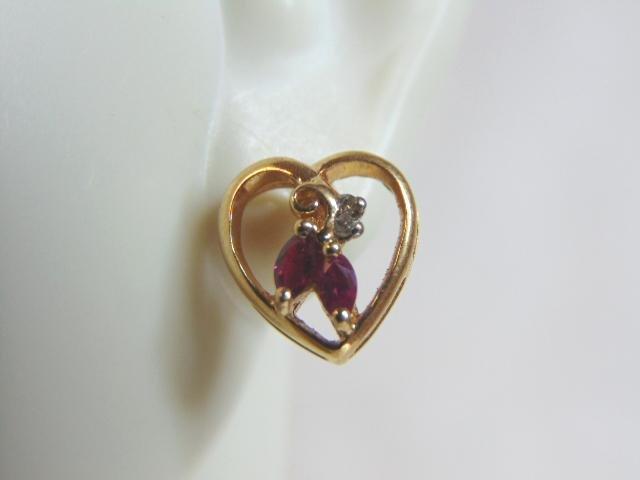 Womens Vintage 14K Gold Garnet & Diamond Heart Earrings