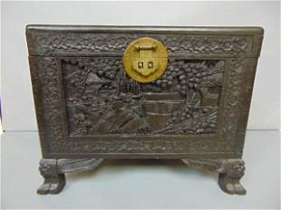 ANTIQUE HAND CARVED CHINESE CAMPHOR TRUNK CHEST