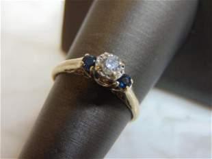 Womens Vintage 14K Gold Ring w/ Blue Sapphire & Diamond