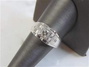 Vintage Estate 18K Mens White Gold Ring w/ Diamonds