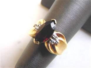 Womens Vintage Estate 10K Gold Garnet & Diamond Ring