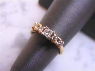 Women's Vintage Estate 14K Yellow Gold Diamond Ring