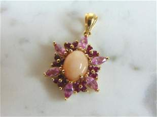 Womens Vintage Estate 14k Gold Garnet Pendant