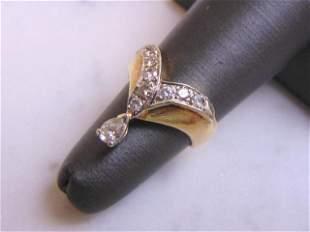 Exquisite Womens Vintage Estate 14k Gold Diamond Ring