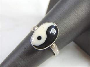 Vintage Estate Sterling Silver Chinese Yin Yang Ring