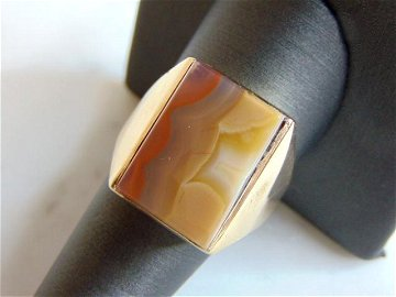 Womens Vintage 10K Yellow Gold Ring w/ Agate Stone