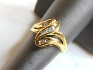 Womens Vintage Estate 10K Yellow Gold Diamond Ring