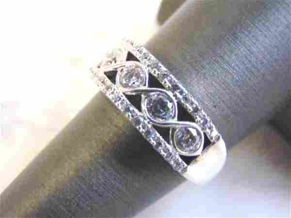 Women's Vintage Sterling Silver Cubic Zirconia Ring