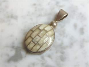 Womens Vintage Estate Sterling Silver Pendant