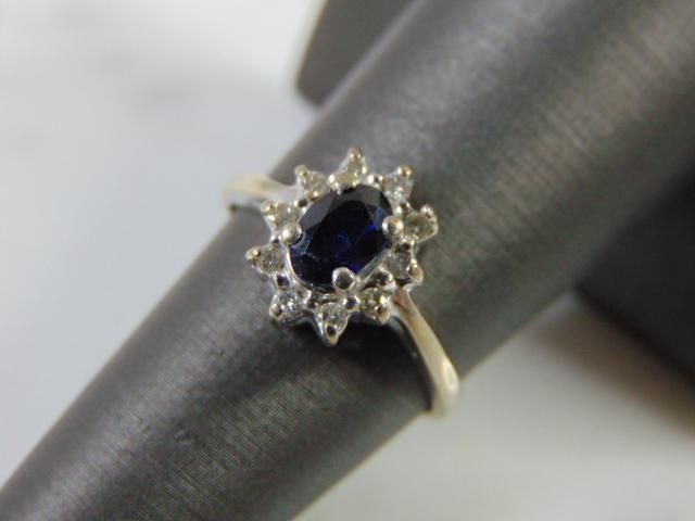 Women's Vintage 10K Gold Ring w/ Sapphire & Diamonds