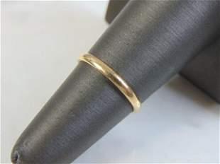 Women's Vintage 14k Gold Wedding Ring Band