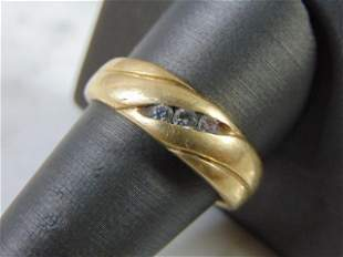 Mens 14K Yellow Gold Ring With 3 Small Diamonds