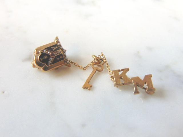 10K Yellow Gold and Pearls Alpha Iota Sorority Pin