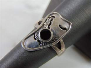 Sterling Silver Modern Abstract Onyx ? Ring