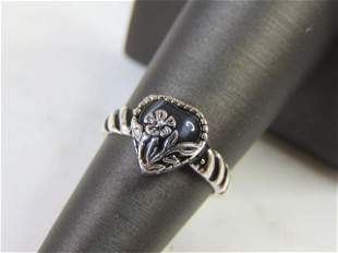 Womens Sterling Silver Floral Heart Ring