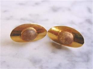Womens Vintage Estate Pair of 18k Gold Stick Earrings