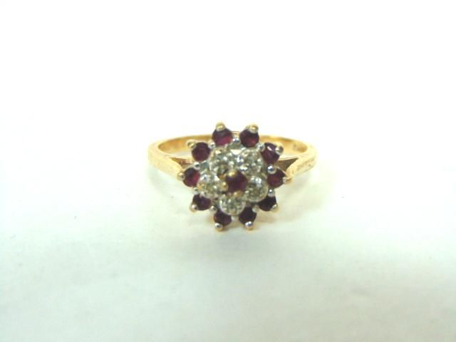 Women's Vintage Estate 10K Gold Diamond & Garnet Ring