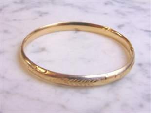 Womens Vintage Estate 14k Gold Hinged Bangle Bracelet
