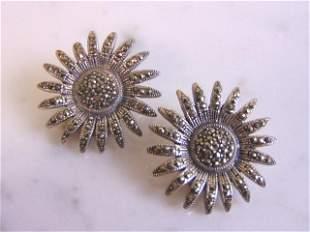 Womens Vintage Sterling Silver Flower Clip On Earrings
