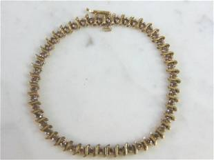 Womens Vintage Estate 10K Gold Diamond Tennis Bracelet