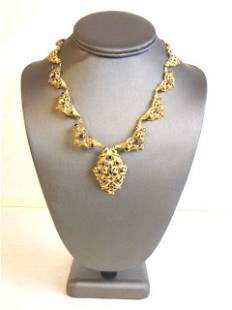 Elegant Womens Vintage Estate 18k Gold Sapphire Necklac
