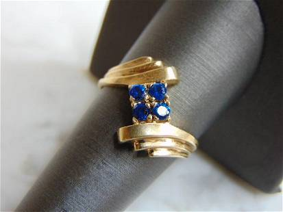 Womens Vintage Estate 10k Gold Blue Sapphire ? Ring