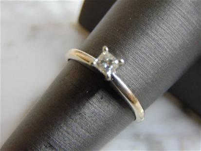 Womens Vintage Estate 10K White Gold & Diamond Ring