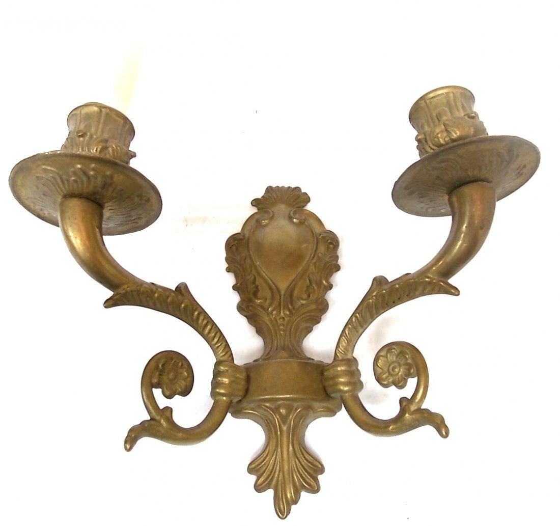 VINTAGE ANTIQUE VICTORIAN STYLE BRASS WALL SCONCE LIGHT