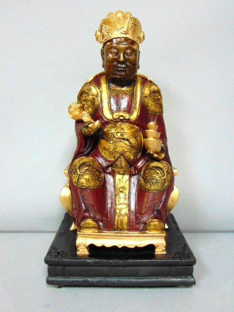 INCREDIBLE VINTAGE CHINESE EMPEROR IMMORTAL GOD STATUE