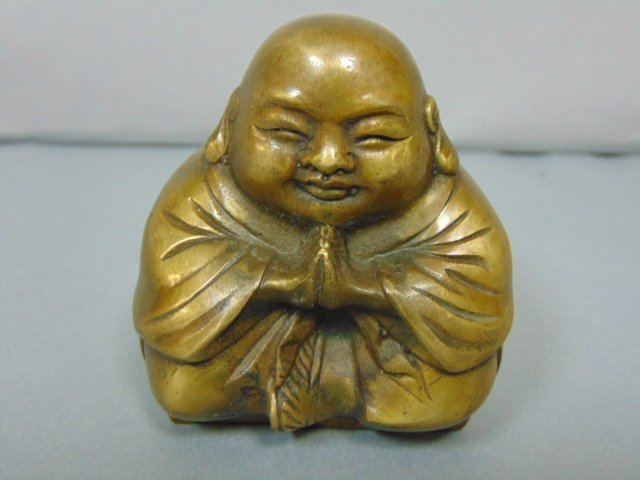VINTAGE CHINESE BRONZE BUDDHA STATUE