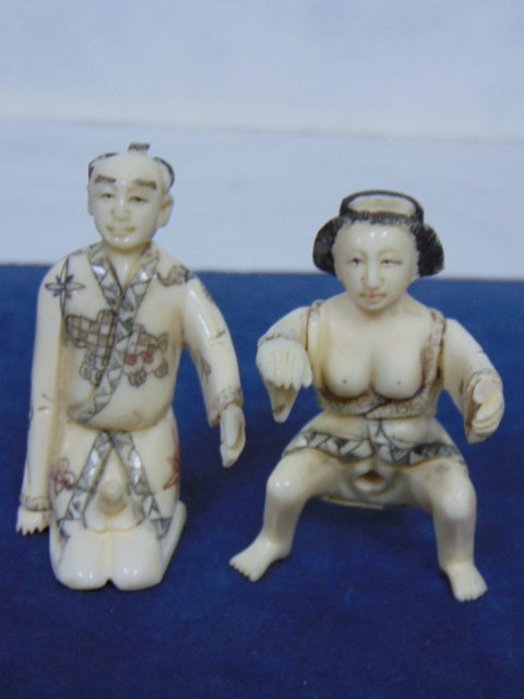 VINTAGE JAPANESE NETSUKE SHUNGA CARVED BONE  FIGURES - 6