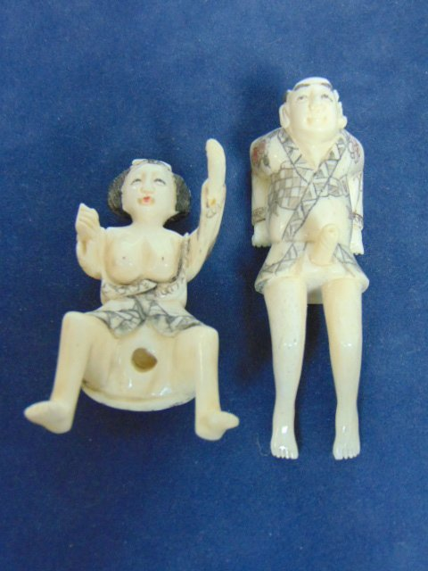 VINTAGE JAPANESE NETSUKE SHUNGA CARVED BONE  FIGURES - 3