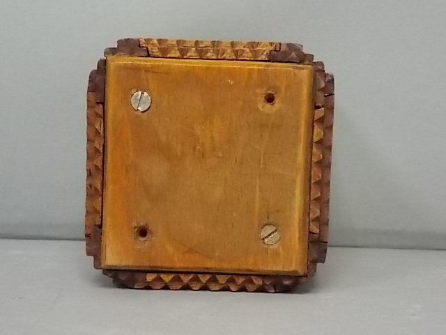 ANTIQUE PRIMITIVE HAND MADE TRAMP ART PUZZLE BOX BANK - 5