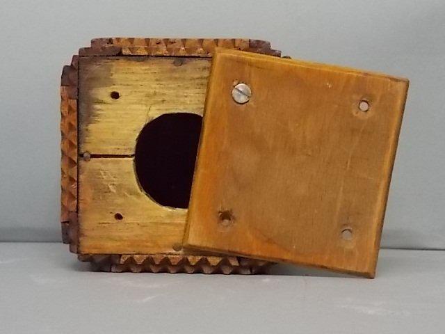 ANTIQUE PRIMITIVE HAND MADE TRAMP ART PUZZLE BOX BANK - 8