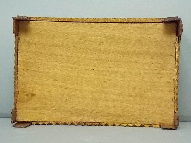 ANTIQUE PRIMITIVE HAND MADE TRAMP ART TRINKET BOX - 7